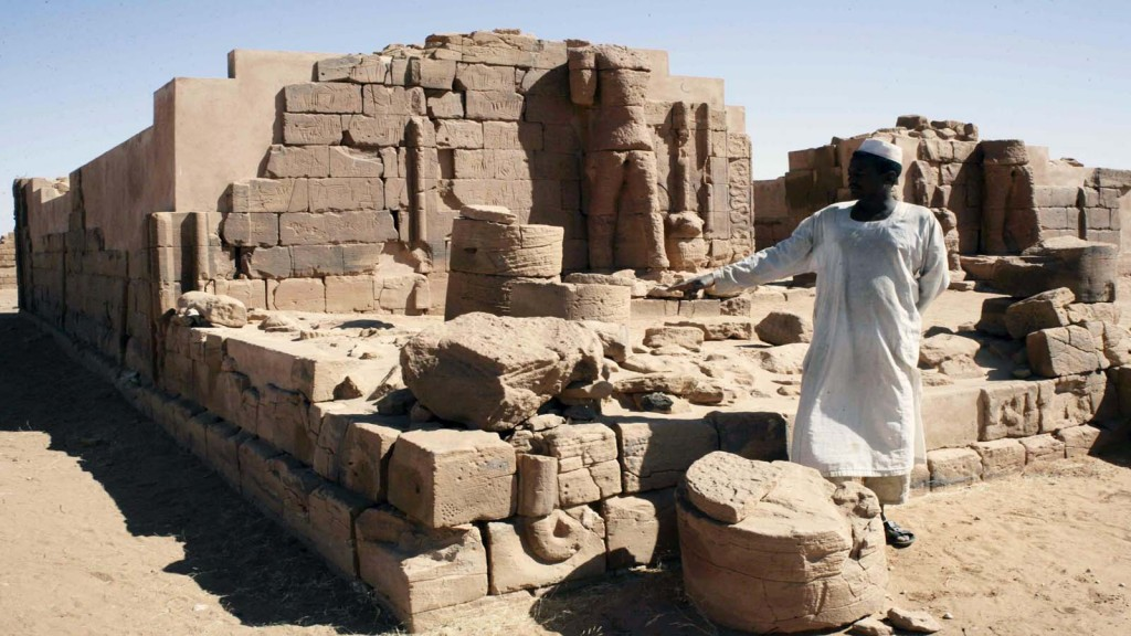 A picture taken on November 10, 2013 shows the remains of a temple that belongs to the Great Enclosure of Musawwarat al-sufra, a large Meroitic temple complex near Naqa, around 200 kilometers northeast of Khartoum. AFP PHOTO EBRAHIM HAMID