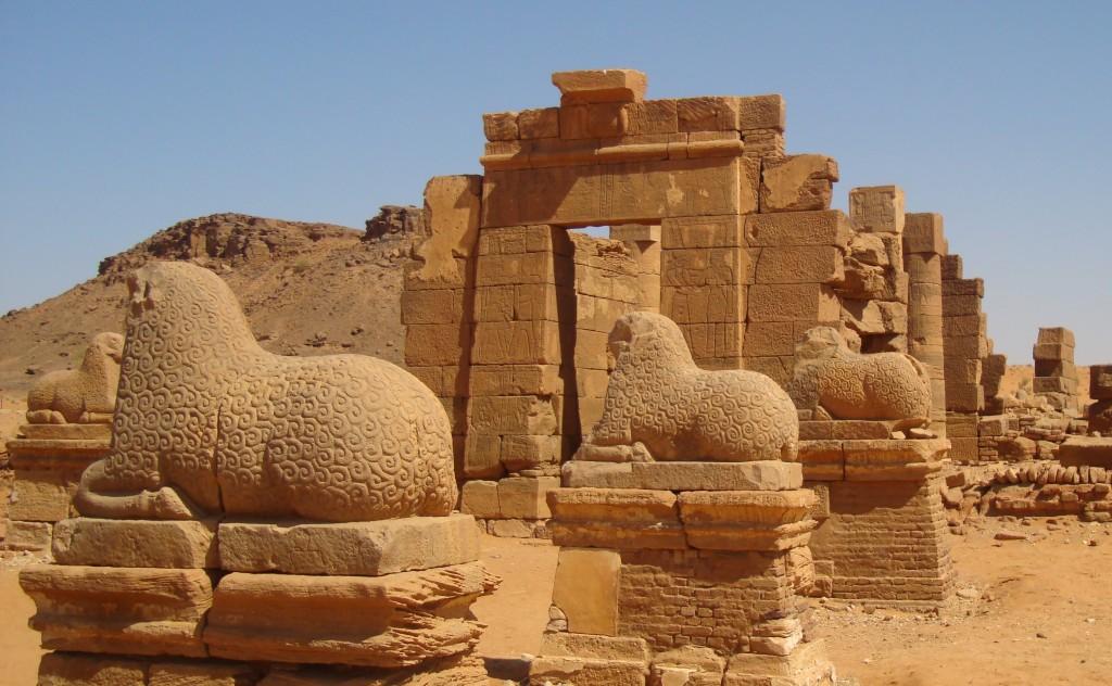 اهرامات السودان 4