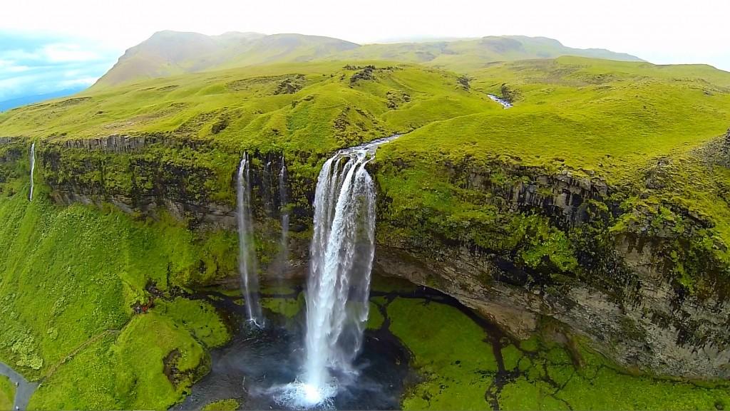 شلالات ايسلندا 1