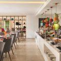flavours-restaurant-hawthorn-suites-by-wyndham