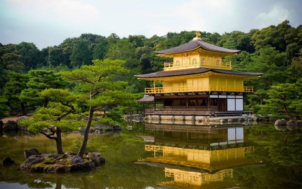 معبد كينكاكو-جي