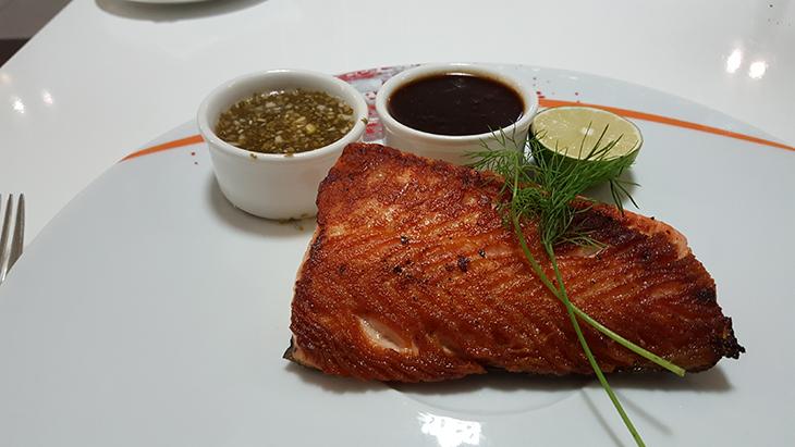 seafood-restaurant-dubai-airport-hotel-10
