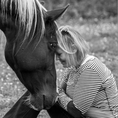 Kelly Eide BIO Image SQ (with horse)1