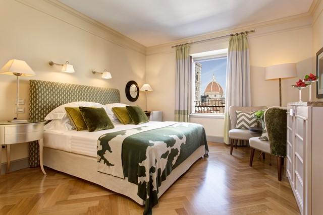 RFH - Hotel Savoy - Duomo View Room - HERO