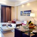 deluxe-suite-at-copthorne-hotel-dubai