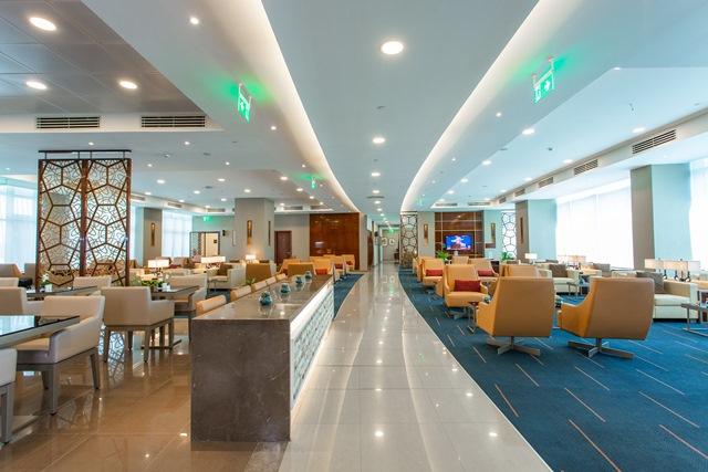 New Emirates Lounge in Cairo International Airport (1)