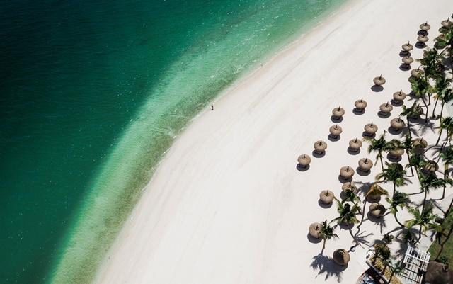 1161549204OO_LeSaintGéran_Beach_Aerial_View