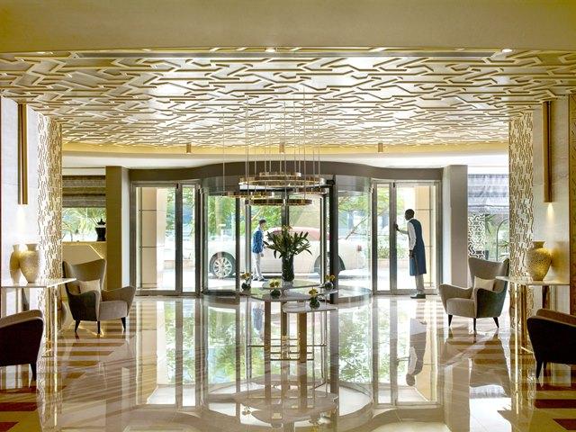 Lobby-entrance_5