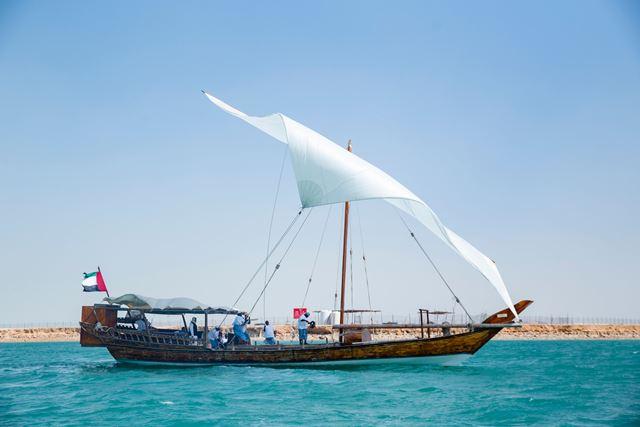 استكشاف التراث الإماراتي مع رحلات سردال للغوص والبحث عن اللؤلؤ