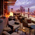 لاونج توينتي ثري في فندق جراند بلازا موفنبيك مدينة دبي للإعلام