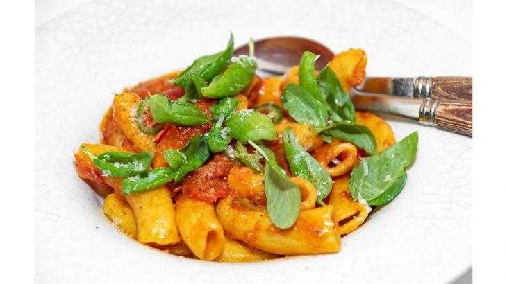 La Petite Maison_Pasta with Tomato and Chili