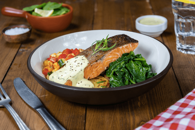 Markette Pan Roasted Salmon aed 98