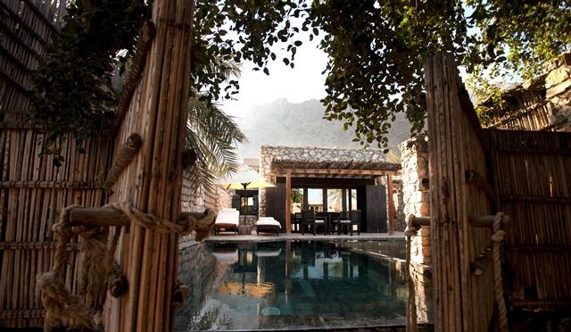 Pool_Villa_Exterior3_[5195-ORIGINAL]
