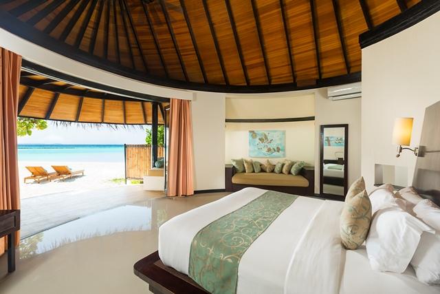 The Sun Siyam Iru Fushi beach villa1