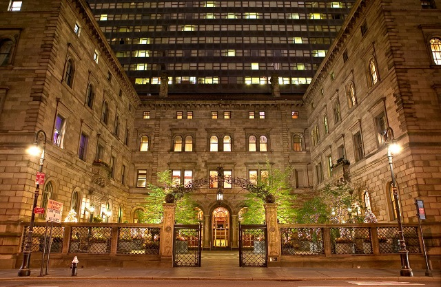LOTTE NEW YORK PALACE_FRONT VIEW
