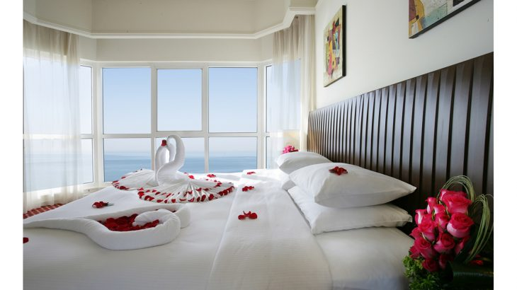 Ramada by Wyndham Beach Hotel Ajman Honeymoon Suite